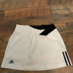 Adidas Girl's Tennis Skirt - Almost New